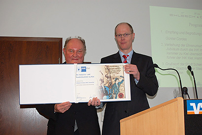 50th anniversary certificate of IHK Herr Koppmann IHK Kiel and Herr Günter Cordes